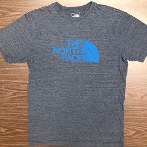 THE NORTH FACE SLIM FIT SIZE-MEDIUM